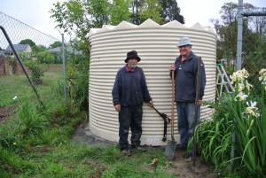 Manuel & Jim with New Tank